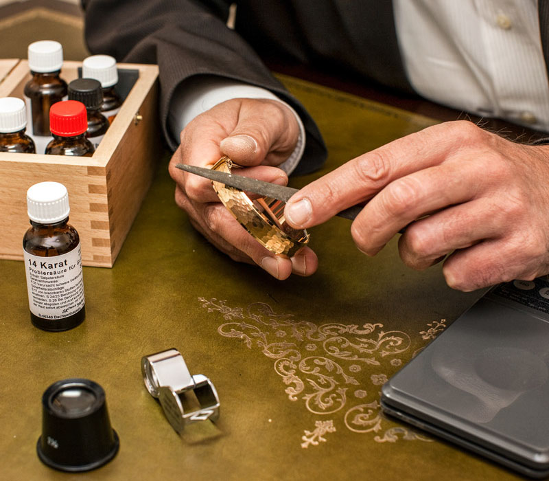 Juwelier Gold-Bewertung