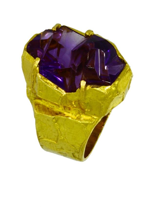 V3759-8-Ring-900-Gold-Handarbeit-Amethyst