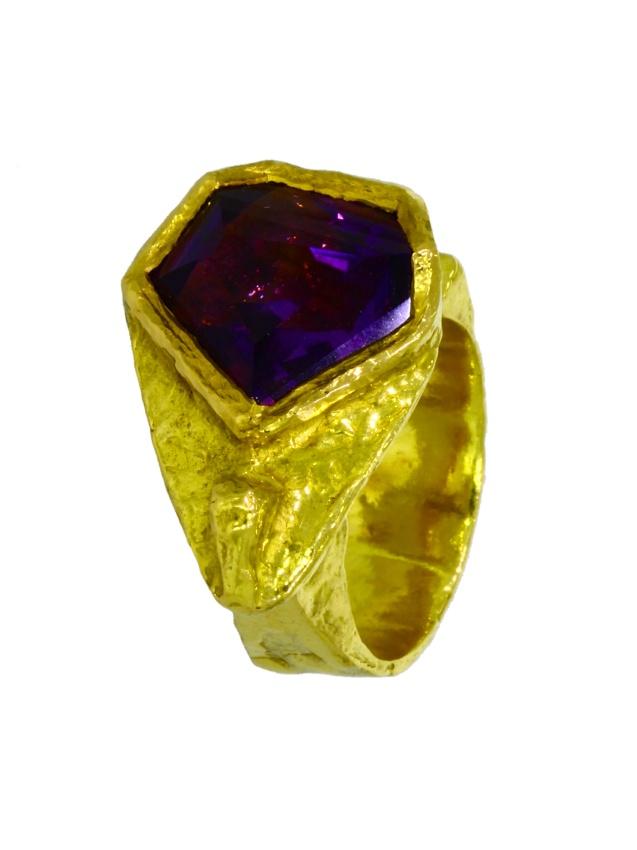 V3767-Ring-900-Gold-Handarbeit-Amethyst