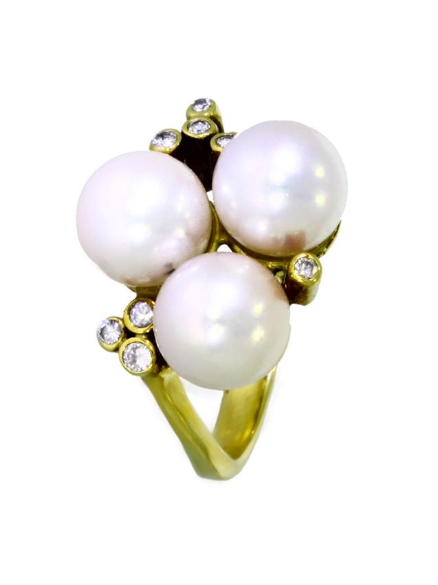 V3897-8-Ring-585-Gold-Perlen-Brillanten